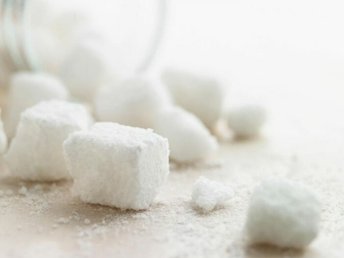 How to soften white sugar in the microwave